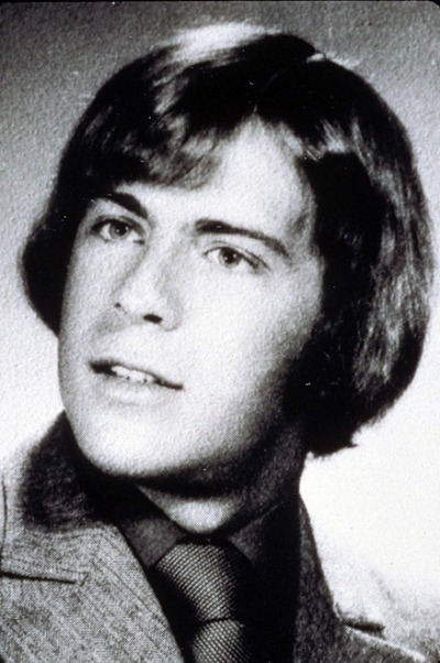 Young Bruce Willis before he was famous yearbook picture
